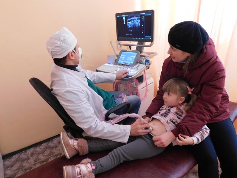 На прийомі в лікаря чотирирічна Аня  Новак.