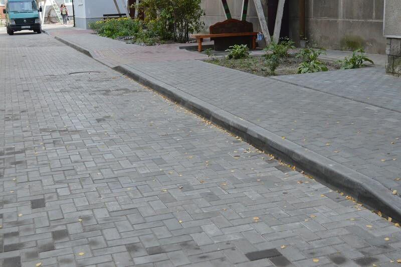 Незабаром мають розпочатись ремонт на ще одній прибудинковій території - Міцкевича, 3.