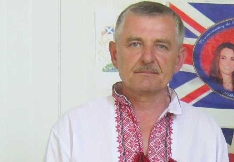 Микитович пішов на фронт добровольцем.