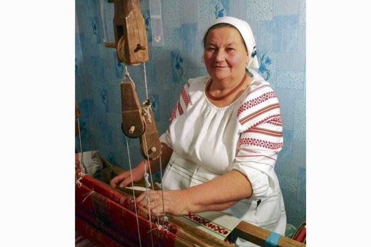 Від унікальних виробів велимченської майстрині у захваті і закордонні поціновувачі народного ремесла.