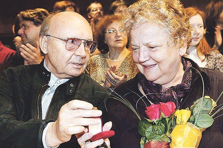 Андрій Мягков і Анастасія Вознесенська одружилися в 1963–му і, проживши у парі 57 років, не втомилися одне від одного.
