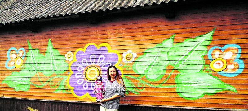 У стареньку поліську хатину Наталія Гуркіна вдихнула життя.