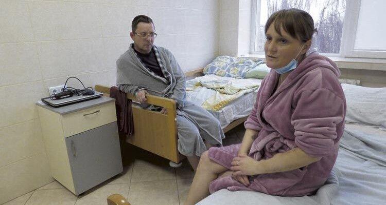 І Надія, і Віталій дякували спеціалістам та медперсоналу за турботу.
